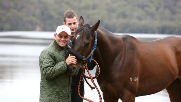 Hong Kong galloper Dan Excel has arrived in Sydney for a crack at the Spring carnival.