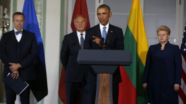 United front in Estonia ... President Obama - joined by the leaders of Baltic States, from left, Estonia President ...