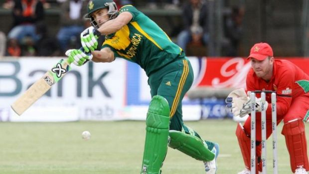 South Africa's batsman Faf du Plessis has scored his third century of the series.