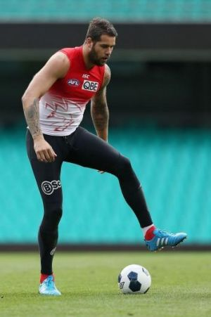 Buddy Franklin shows off his ball skills at the SCG this week.