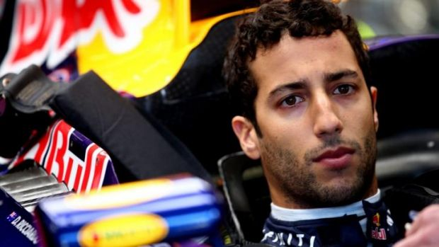 Daniel Ricciardo prepares for qualifying.