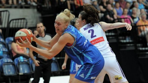 Canberra Capitals forward Abby Bishop is ready to shoulder the extra workload until Lauren Jackson returns.