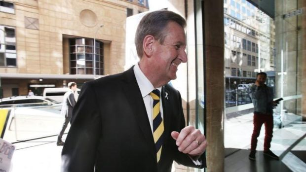 Former premier Barry O'Farrell arrives at ICAC to give evidence.