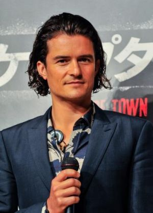 Orlando Bloom proves the man bob can be worn with a suit.
