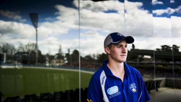 ACT Comets player Matt Condon has signed for Easts in Sydney grade cricket.
