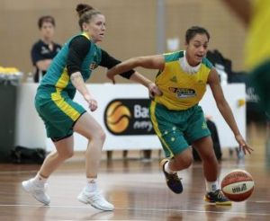 Natalie Hurst takes on Leilani Mitchell during an Australian Opals training camp at the AIS in January.
