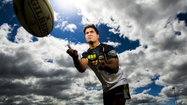 Rodney Iona has re-signed with the Brumbies.