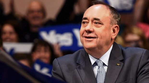 First Minister Alex Salmond drums up support for independence at a rally in Perth.