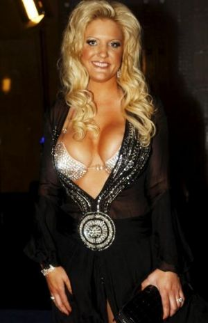 Brynne Edelsten, Fashion Critical's favourite personality, made her red carpet debut at the Brownlow in 2011.