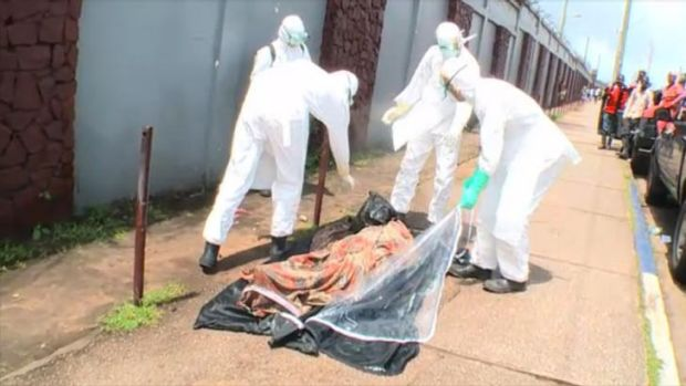 Workers pack up the man's body, only to find out he is alive. <i>Source: ABC News</i>