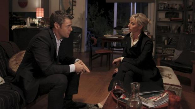 Rodger Corser and Asher Keddie in <i>Party Tricks</i>.