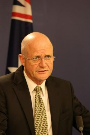 """Senator David Leyonhjelm says if Tony Abbott is the """"captain"""" of """"Team Australia"""", he doesn't want to be part of it."""