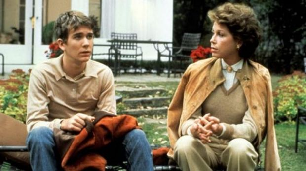 Robert Redford's directorial debut with Mary Tyler Moore in <i>Ordinary People</i>.