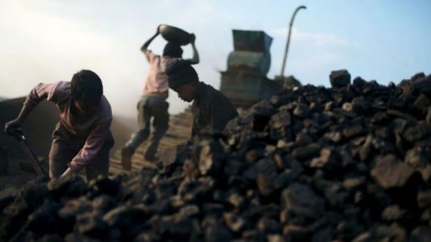 Massive wrong: About 28 million children ages 6-14 are working in India, according to UNICEF.
