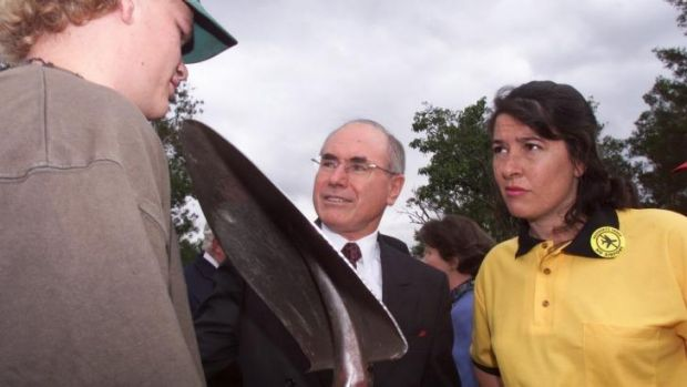 Ms Kelly with then prime minister John Howard on the campaign trail of the 1998 election.