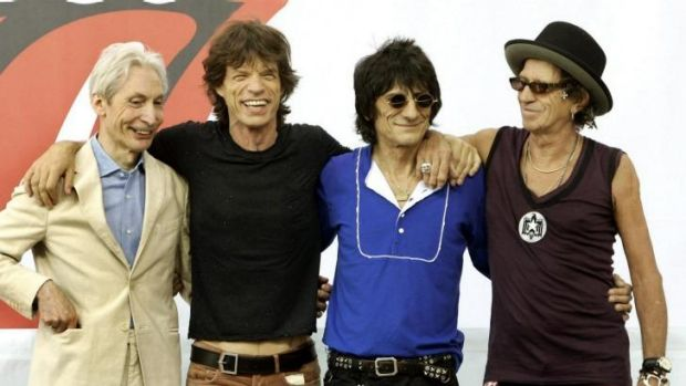 Ladies and Gentlemen, the Rolling Stones: Mick Jagger and Ronnie Wood have landed ahead of their tour opener on October 25.