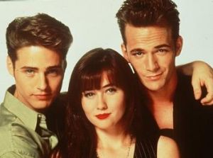 Teens get caught up in drugs and pregnancy but work through it in <i>Beverly Hills 90210</i>.