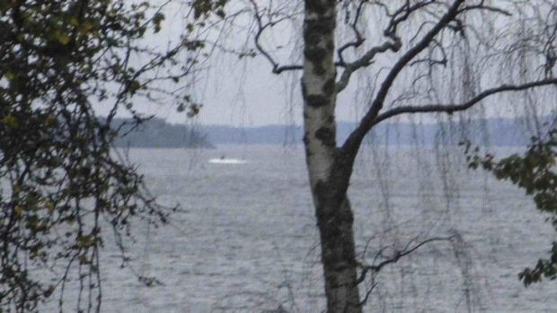 Sweden has released a photo of an unknown vessel in Stockholm's archipelago.
