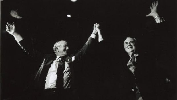 Malcolm Fraser and Gough Whitlam rally against the concentration of media ownership in 1991.