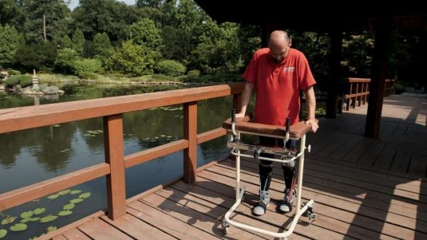 Darek Fidyka can now walk with a frame, giving him greater independence.