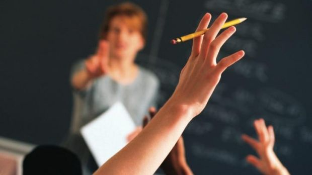 Life's not so easy sitting in the classroom, a US teacher has found.