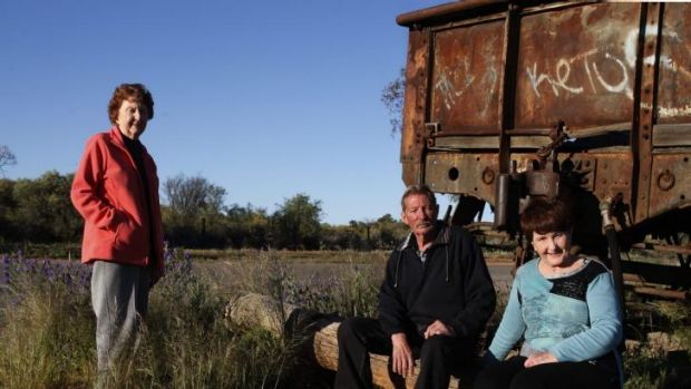 "Lorraine Cole, Barry ""Fred"" Cowie and Peggy Corney visit the site of the Broken Hill picnic train attack where their ..."