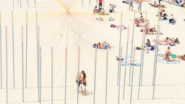 Sydneysiders flocked to the beach, and Sculpture by the Sea, on Saturday as temperatures soared beyond the mid-30s.