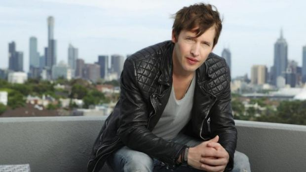 James Blunt told to stop engaging internet trolls.