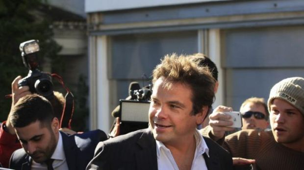 It is doubtful Lachlan Murdoch would keep his Ten shares if a Foxtel consortium was allowed to buy the network.