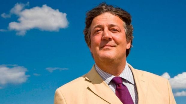No more tweets for now: Stephen Fry.