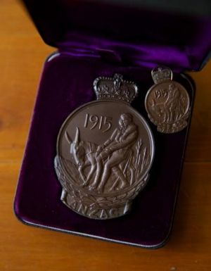 "Maurice John ""Jack"" Pickrell's ANZAC service medal, issued to him in 1968."