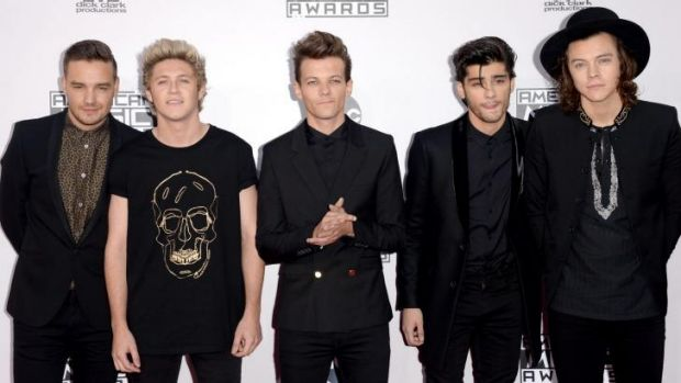 One Direction's Liam Payne, Niall Horan, Louis Tomlinson, Zayn Malik, and Harry Styles at the 2014 American Music Awards.