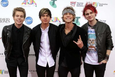 5 Seconds of Summer arrive at the ARIA Awards 2014.