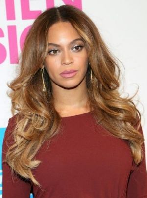 Hungarian folk singer Mitsou claims her vocals were stolen by Beyonce and husband Jay Z for <i>Drunk in Love</i>.