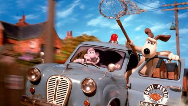 Skills: Wallace being helped by Gromit in The Curse of the Were-Rabbit.