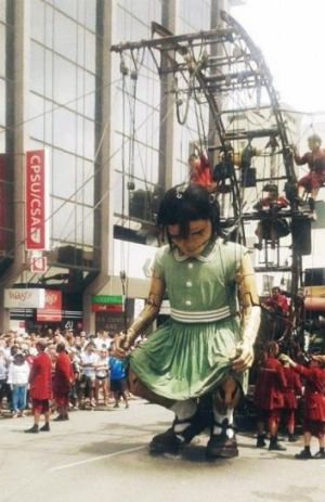 The Little Girl takes a big wee in the Perth CBD.