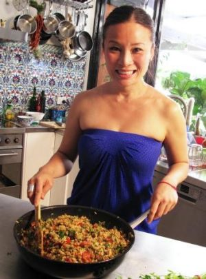 Poh & Co, starring Poh Ling Yeow, aims to feature dishes with ingredients that can readily be bought at the market.