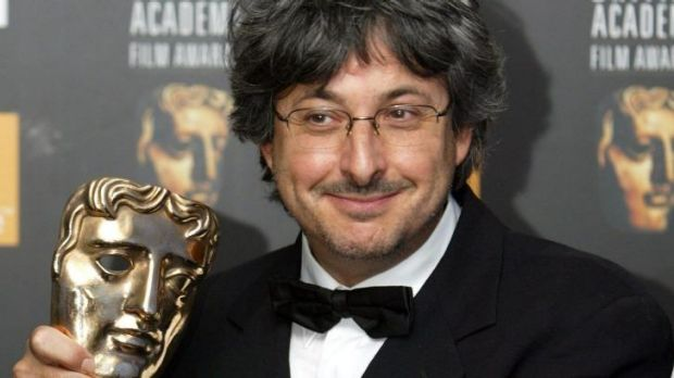 Andrew Lesnie with his BAFTA for <i>Lord of the Rings</i> in 2004.
