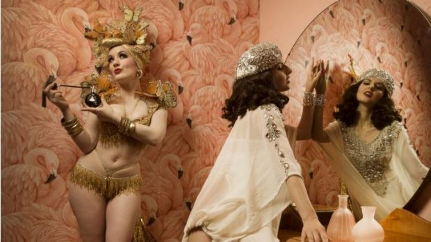 Medianoche and Sina King  in Richmond at Maisonburlesque to promote the Australian Burlesque Festival at Docklands.