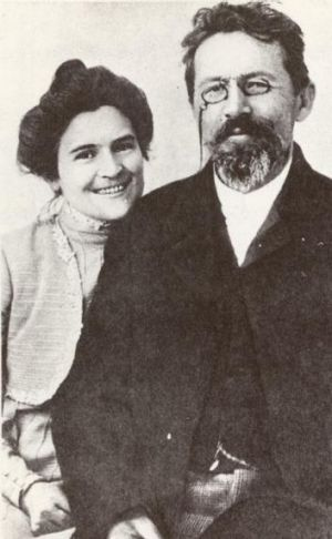 Anton Chekhov with his wife, actress Olga Knipper, in 1901.