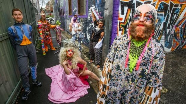Performance artists who will be taking part in trail weaving.