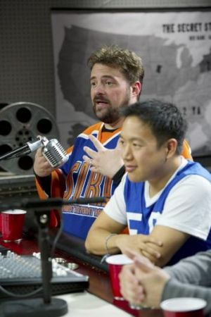 Kevin Smith and Ming Chen in a scene from AMC's reality show Comic Book Men.