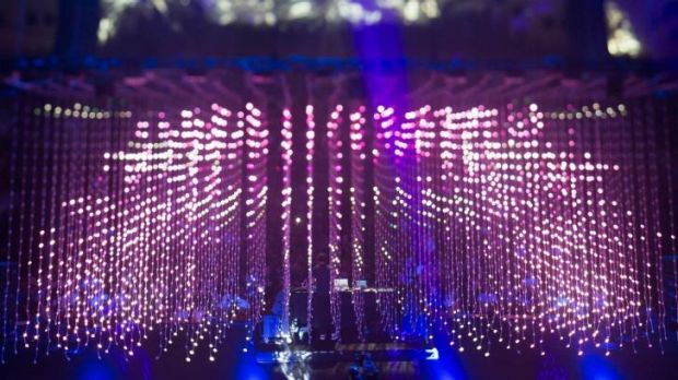 A shower of light for Four Tet at the Sydney Opera House.