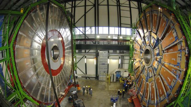 Overview of the first element (L) of the huge magnet of the CMS (Compact Muon Solenoid) experimental site.