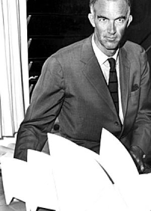 Joern Utzon in 1966 with his model of the Sydney Opera House.