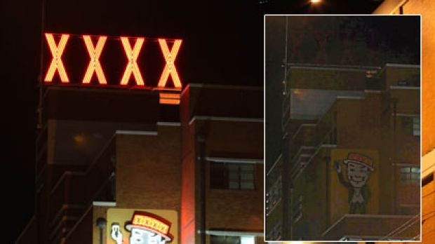 Before and after... The XXXX brewery in Milton shuts down its iconic signs to participate in Earth Hour celebrations ...