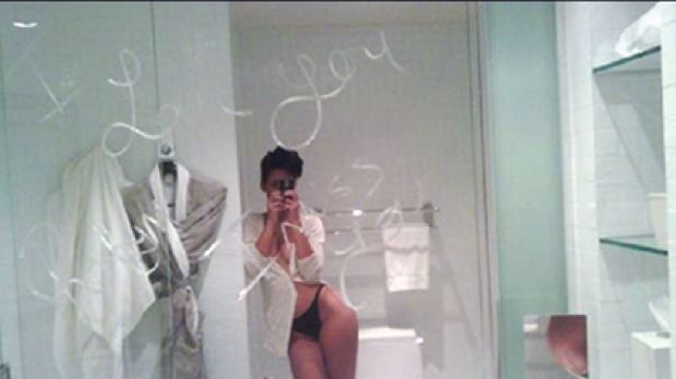 This photo allegedly of Rihanna, plus several other nude ones, have been leaked onto the web.