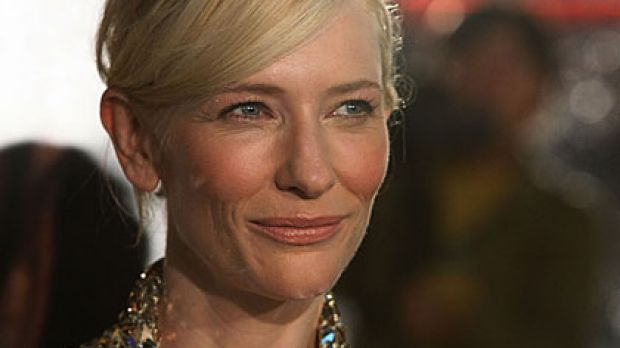 A performance of <i>A Streetcar Named Desire</i> was abruptly stopped tonight amid reports Cate Blanchett was injured ...