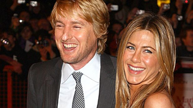 "Friends in famous places ... Jennifer Aniston and Owen Wilson attend the London premiere of ""Marley and Me""."
