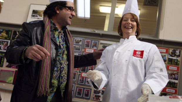 Julia Gillard at the of school funding announcement with chef Guy Grossi.